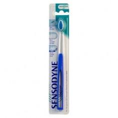 Сенсодин зубная щетка Expert Soft мягкая SENSODYNE
