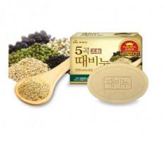 Мыло-скраб пять злаков Mukunghwa Five Grains Scrub Soap 100г